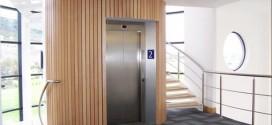 Sedm pater a cesta výtahem